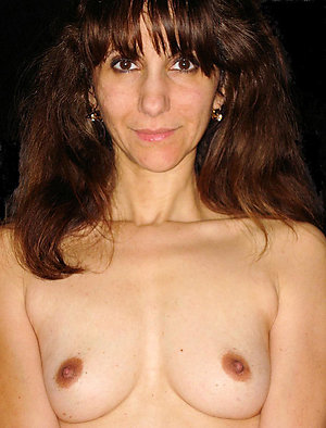Hottest mature wife small tits pics