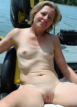 Sexy naked mature women small tits