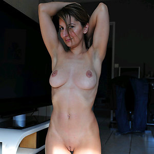 Naked nice tits old mom pictures