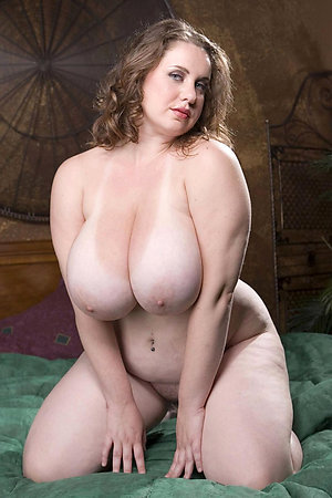 Naked mature tit pictures stripped