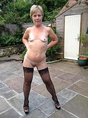 Naked mature women in stockings