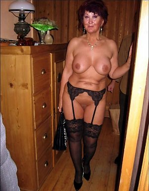 Amateur pics of women in black stockings