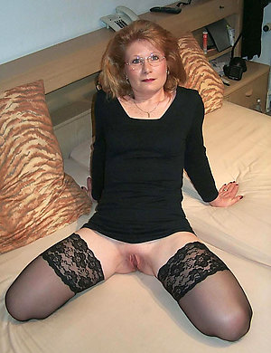 Best pics of mature wife in stockings