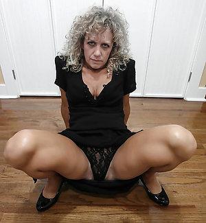 Xxx naked women upskirt photos