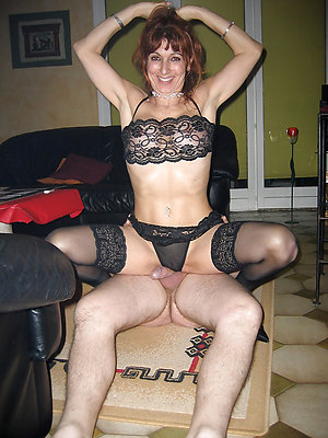 Curvaceous amateur mature wife photo