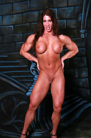 Porn pics of mature muscle woman