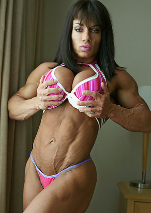 Nude women with muscles pictures