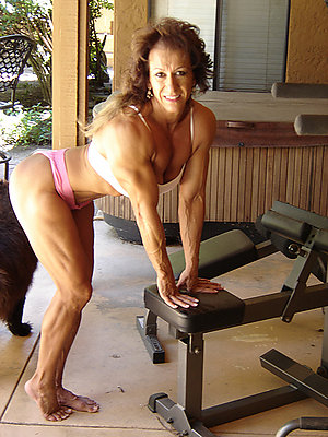Naked women with muscles pics