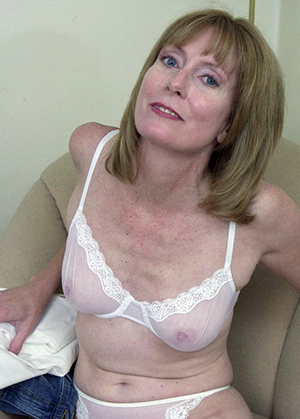 Nude amateur sexy wife pictures