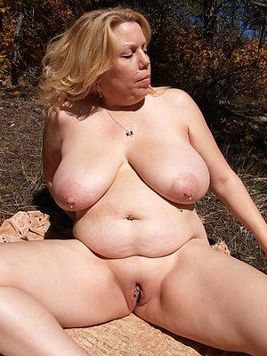 Nude amateur mom xxx pics
