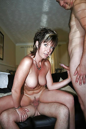 Best pics of amateur mature threesome