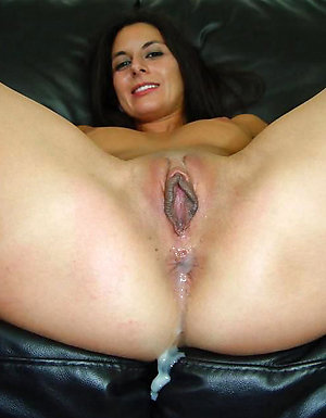 Favorite mature woman creampied