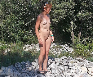 Real nude mature women outdoors