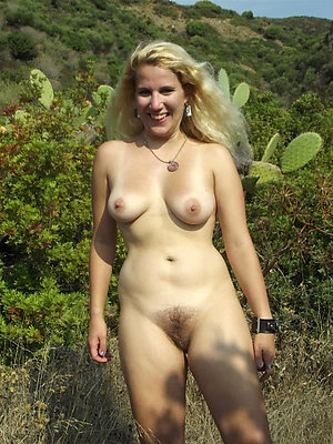 Nude women masturbating outdoors pics