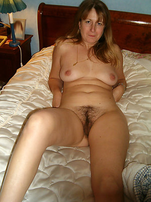 Free best mature nude housewives