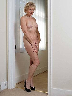 Inexperienced mature nude porn