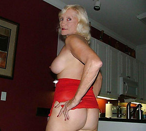 Busty 40 year old women pics