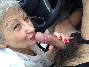 Homemade old women masterbating pics