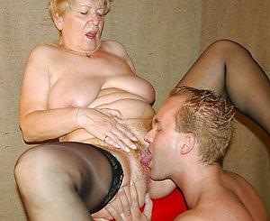 Amateur pics of men eating pussy