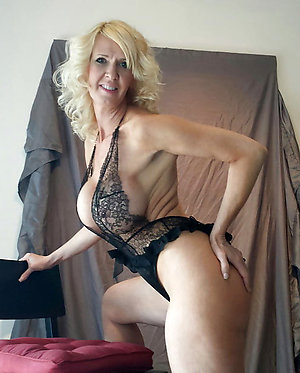 Amateur pics of mature slut join in matrimony