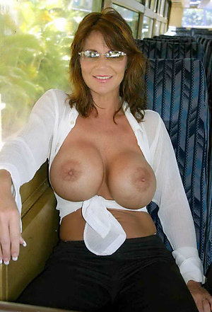 Hot hairy mature solo pictures