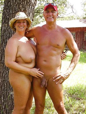 Slutty mature nudist couples pics