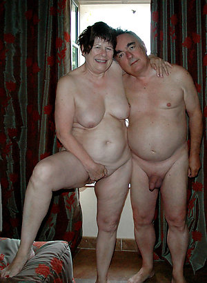 Amateur naked mature couples xxx