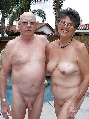 Real nude old couples pics