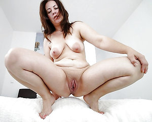 Private nude mature sluts pictures