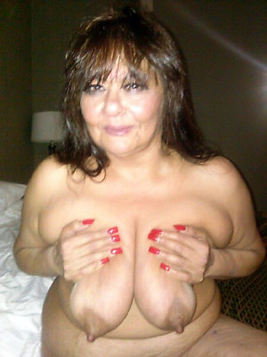 Amateur hairy mature sluts free pics