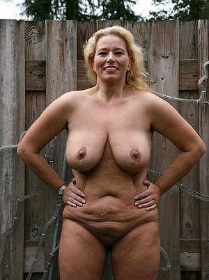 Luring tyro mature natural breast