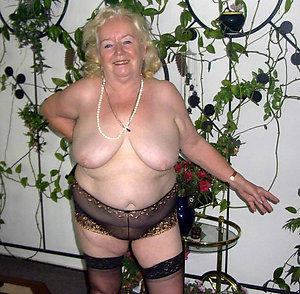 Amateur pics of mature women with huge breasts