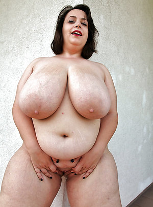 Lovely women with huge tits pics