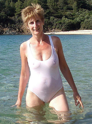 Amazing mature sex beach