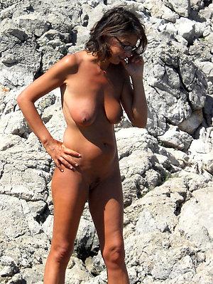 Amateur pics of mature women on beach