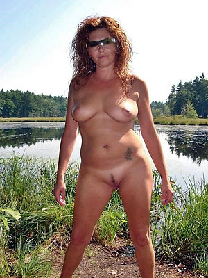 Hot old pussy on the beach