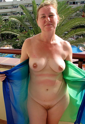 Pics of old pussy at nude beach