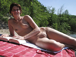 Free mature beach nudists