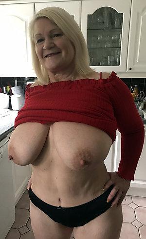 Free mature big tits hairy pussy