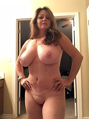 Xxx mature big tits gallery