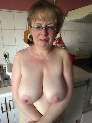 Xxx mature big natural tits pics