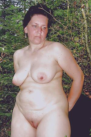 Pretty women with chubby nipples