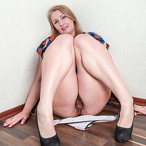 Real bush-league mature housewife photos