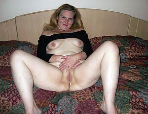 Naughty mature housewife pictures xxx