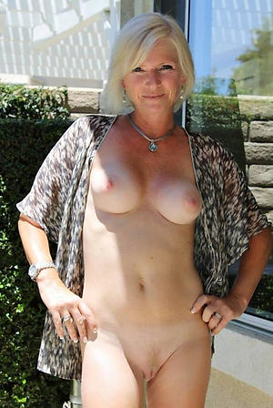 Amateur sexy mature ladies