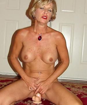 Taking mature ladies amateur pics