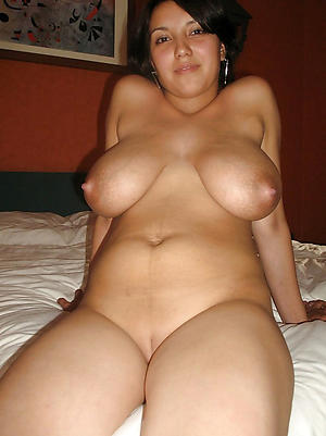 Homemade mature nude cougars pics