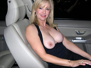 Amateur mature car sex