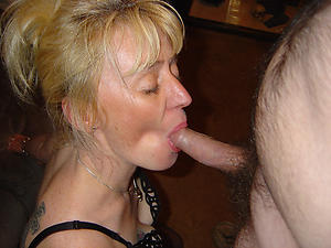 Bohemian older women giving blowjobs veranda