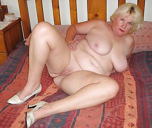 Xxx undisguised womens legs pics